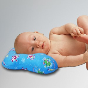 Orthopedic pillow for babies with crank
